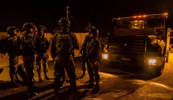 IDF soldiers search for suspects in the murder of Dvir Sorek in the West Bank, August 10, 2019.