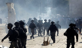 Israeli police clashes with Palestinian worshippers on the Temple Mount in Jerusalem, August 11, 2019.