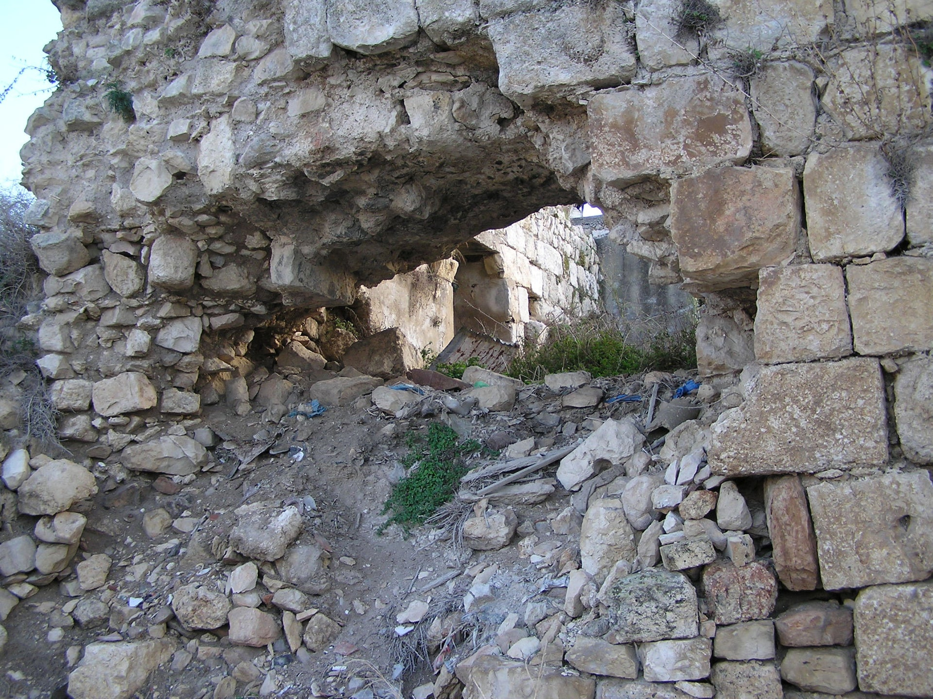 How the damage to the Crusader castle wall looked from outside. There was real danger to the villagers.
