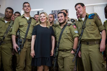 Sara Netanyahu attending a fundraiser in Jerusalem for lone soldiers, March 2017.