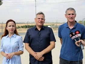 Democratic Union members Stav Shaffir, Nitzan Horowitz and Yair Golan at Kibbutz Nir Oz, August 29, 2019.