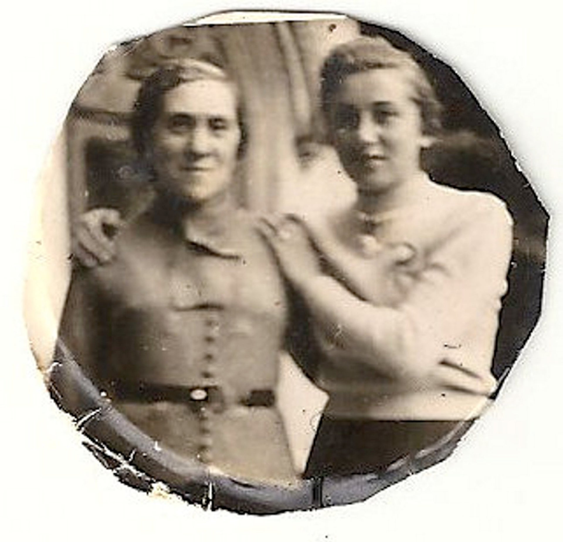 Blanka Goldman and her mother Anna in 1939.