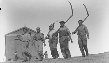 Members of Ma'abarot on their way to work, pre-state Israel, 1939.