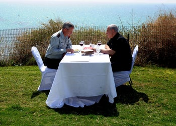 Then chief of staff Benny Gantz and PM Netanyahu have lunch in Olga, April 6, 2012