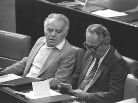 Rivals but partners: Yitzhak Shamir and Shimon Peres in 1984.