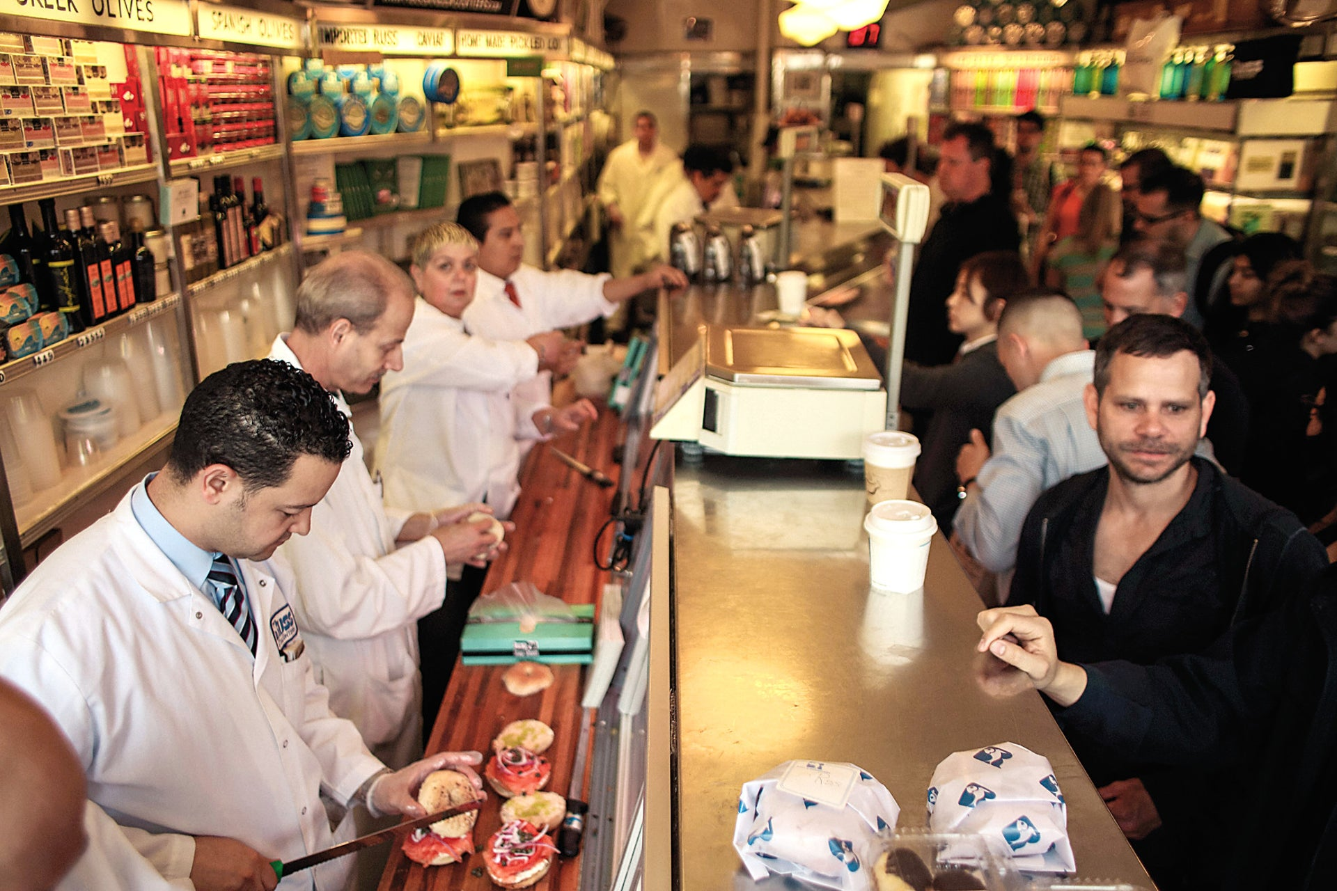 Russ & Daughters Café. The ultimate New York-Jewish experience: nostalgia, style and bagels.