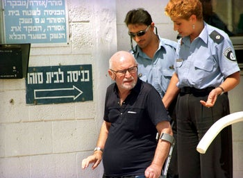Marcus Klingberg, 80, leaves Ashkelon prison 18 September after serving 15 years of his 20-year sentence for spying for the former Soviet Union, December 1, 2015.