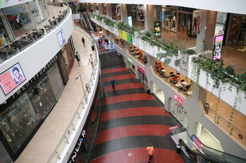 A near-empty Tel Aviv mall, after the Home Front Command announced that schools and non-essential businesses be shut down due to the escalation in the Gaza Strip, November 12, 2019.