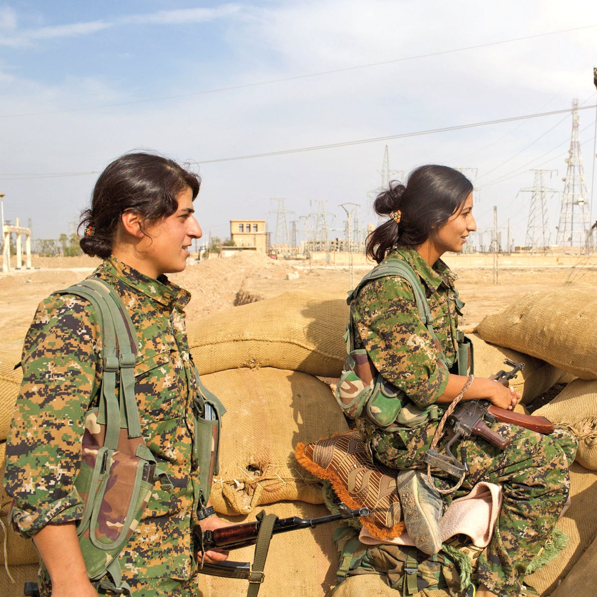YPJ soldiers in the Rojava army.