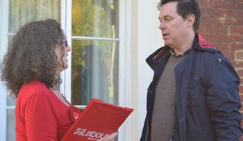 Labour Party candidate Holly Kal-Weiss speaking to a constituent in Hertsmere, November 2019.
