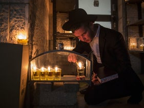 Hannukah celebration in the Jerusalem neighborhood of Meah Shearim