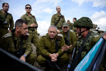 Current IDF Chief of Staff Aviv Kochavi, left, with his predecessor, Gadi Eisenkot, October 27, 2015.