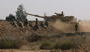 Iraqi security forces participate in a drill as U.S. forces help train them in Taji, north of Baghdad, Iraq, March 21, 2015