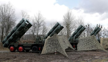A new S-400 surface-to-air missile system near Kaliningrad, Russia March 11, 2019.