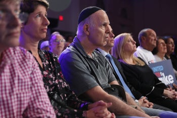 Attendees listening as Democratic presidential candidate Michael Bloomberg speaks during campaign event held at the Aventura Turnberry Jewish Center and Tauber Academy Social Hall, January 26, 2020.