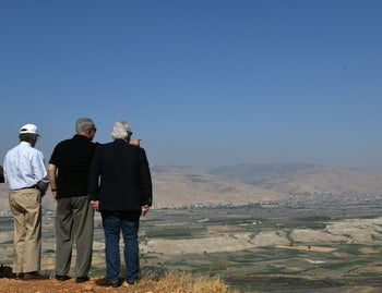 John Bolton, Benjamin Netanyahu and David Friedman tour the Jordan Valley, 2019