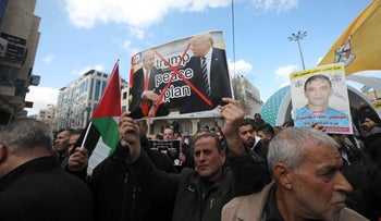 Palestinians demonstrating against the U.S. Mideast plan, Hebron, January 30, 2020.