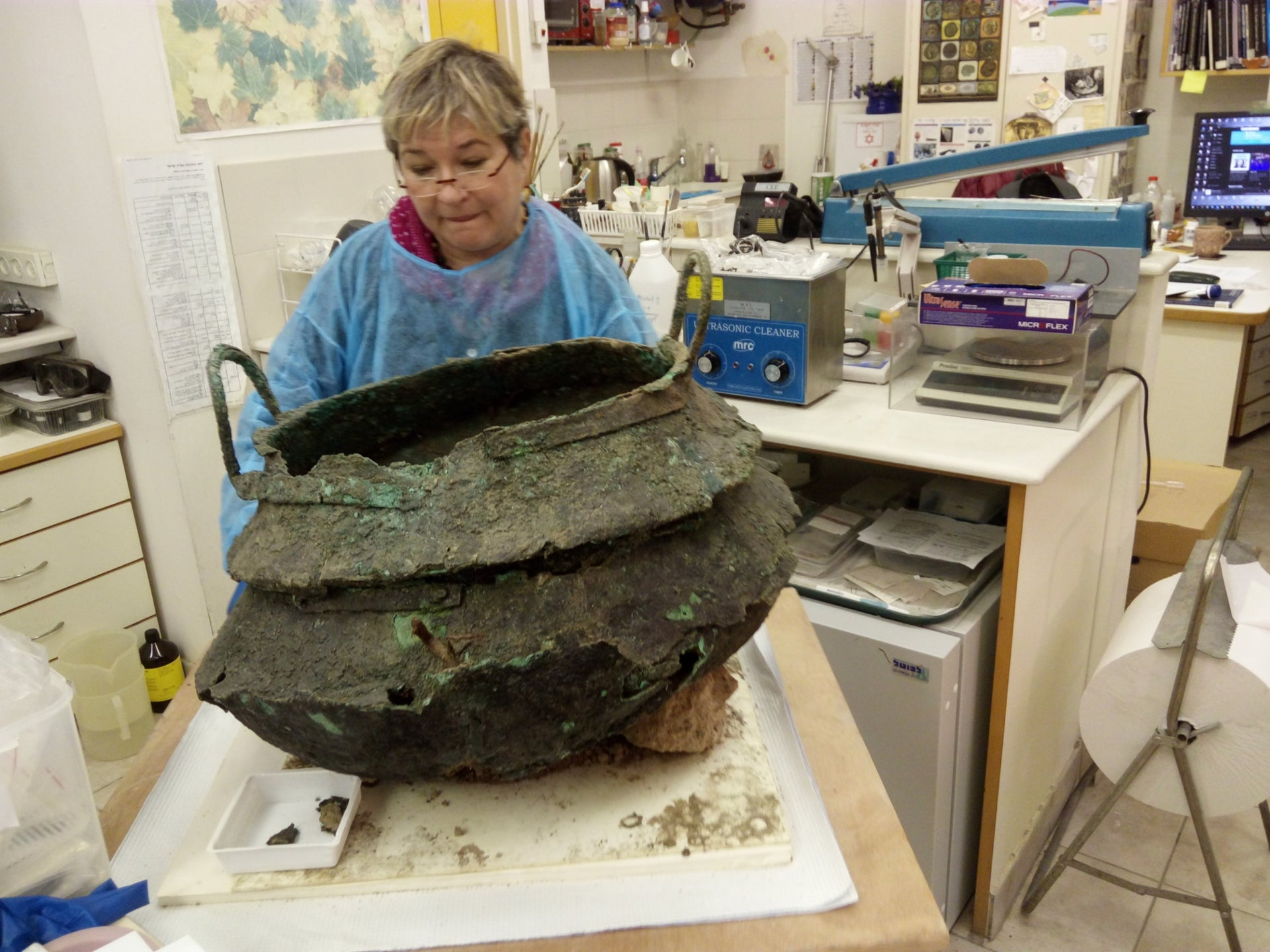 Bronze cauldron found at Tel Lachish