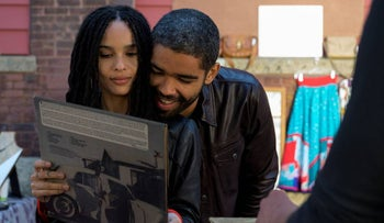 """Zöe Kravitz and Kingsley Ben-Adir in """"High Fidelity."""" The new Rob is a more endearing geek."""