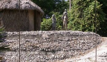 Reconstruction of a Calusa terraces made of shells, on display at the Florida Museum of Natural History