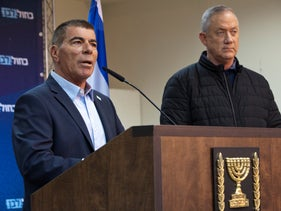 Minister of Foreign Affairs Gabi Ashkenazi and Kahol Lavan chairman Benny Gantz, Sderot, February 24 2020