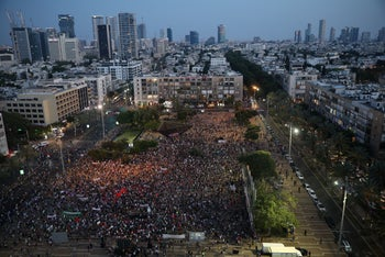 Thousand of people demonstrate against Israeli annexation of parts of the West Bank, Tel Aviv, June 6, 2020