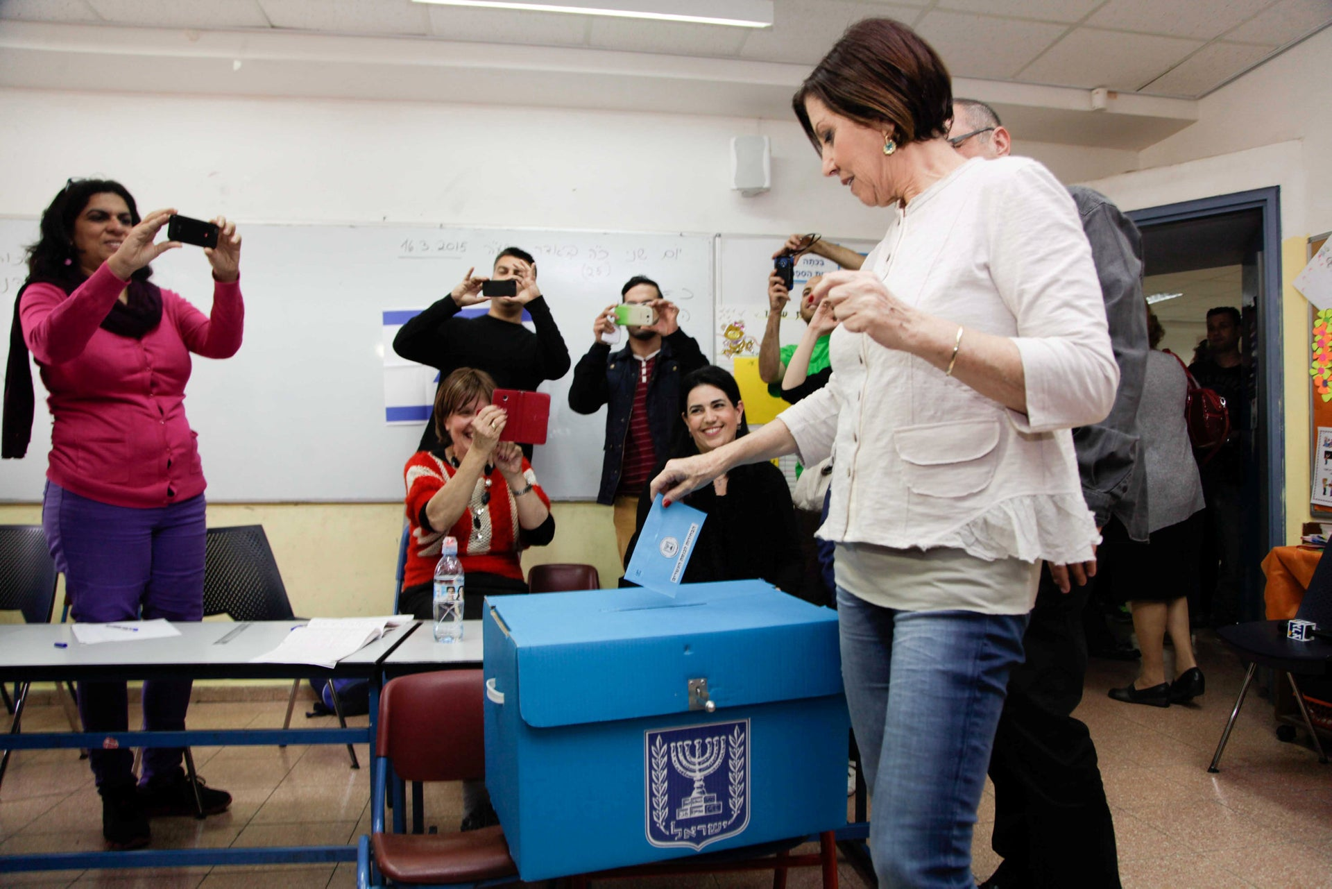 Then-Meretz chief Zehava Galon voting in a general election, March 17, 2015.