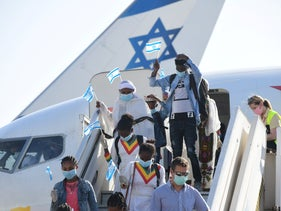 Ethiopian immigrants welcomed at Ben-Gurion airport, May, 21, 2020.