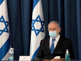 Prime Minister Netanyahu wears a protective mask as he holds a weekly cabinet meeting at the Foreign Ministry, Jerusalem, July 5, 2020