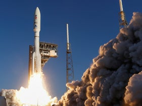 A United Launch Alliance Atlas V rocket carrying NASA's Mars 2020 Perseverance Rover vehicle lifts off  in Cape Canaveral, Florida, July 30, 2020.