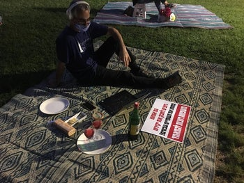 Tu BAv protest picnic at Gan Giborei Israel in Cfar Saba, near Foreign Minister Gabi Ashkenazi's house on Tuesday evening