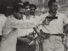 Members of the Iraqi Zionist underground practice shooting.