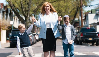 Amber Adler with her sons Yaakov, 6. and Shmuel, 8.