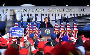 U.S. President Donald Trump speaking to supporters at the airport in Mosinee, Wisconsin, September 17, 2020.