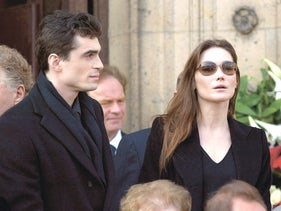 Carla Bruni with Raphael Enthoven in Paris, March 20, 2003.