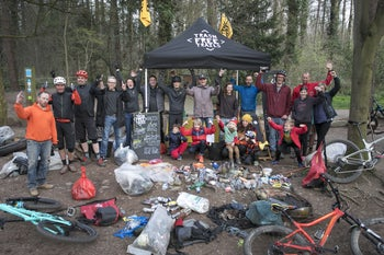 Trash Free volunteers cleaning trails near Bristol, England.