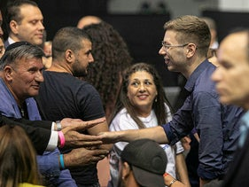 Yair Netanyahu greeting Likud voters in the build up to 22nd Knesset election, September 17, 2019.