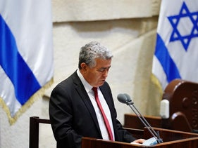 Labor Chairman Amir Peretz speaking at the Knesset in Jerusalem, May 17, 2020.