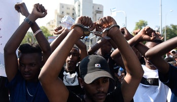 Ethiopian Israelis protest police brutality following the death of Solomon Teka at the hands of a police officer, July 1, 2019.