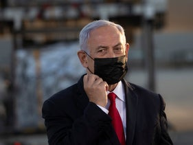 Netanyahu welcoming another batch of Pfizer vaccine arriving at Tel Aviv airport
