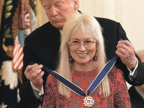 Dr. Miriam Adelson receiving the Presidential Medal of Honor from President Donald Trump in the White House, November 2018.