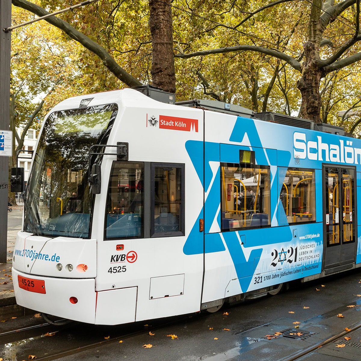 The Cologne tram with the Star of David motif.