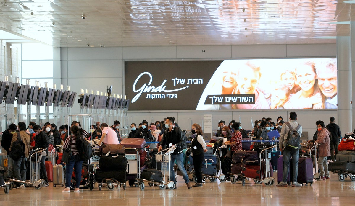 Airport COVID chaos continues: Israeli families fight to get permission for their kids to fly