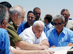 Ariel Sharon tours the Negev during the preparations for the Gaza disengagement in 2005.