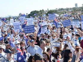 Thousands participate in a pro-Israel rally in Sydney, Australia during the 2014 Gaza War.