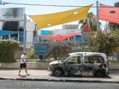 Car burned during riots in Lod