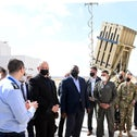 Defense Minister Benny Gantz showing an Iron Dome battery to his U.S. counterpart, Lloyd Austin.