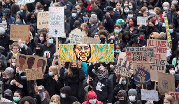 March in solidarity with George Floyd and against police violence against Black Americans
